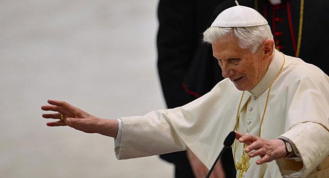 El Papa, ante el Clero de Roma en el Aula Pablo VI del Vaticano.   Afp