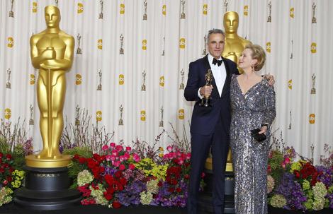 Daniel Day Lewis, Oscar a mejor actor por 'Lincoln', junto a Meryl Streep. | Reuters