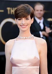 Hathaway, en la alfombra roja. AFP