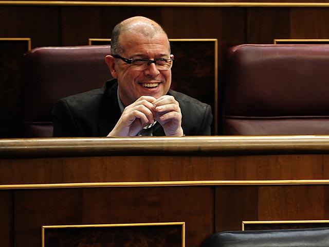 El ex diputado del PSC, José Zaragoza, ayer durante el Pleno en el Congreso. | Bernardo Díaz