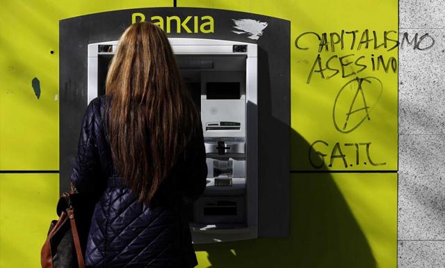 Cajero de Bankia. | Reuters