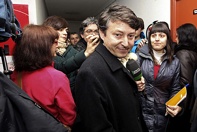El alcalde de Ponferrada, Samuel Folgueral, hoy. | Efe