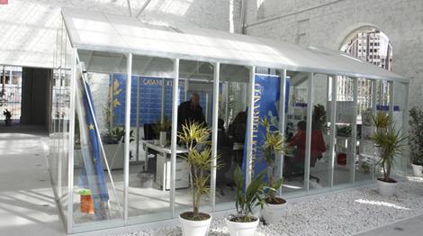Oficinas de la plantilla, en el interior de la sede de Casa Mediterráneo. | R.Pérez