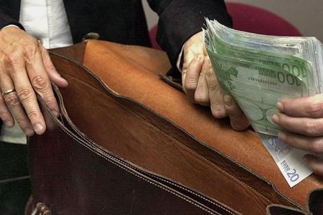 Dinero negro en España.