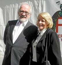 Antonio Fraguas 'Forges' y Pilar Garrido.