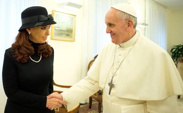 Kirchner, junto al nuevo Papa. | Reuters