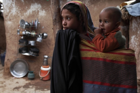 Dos niños en Islamabad (Paquistán). | Reuters