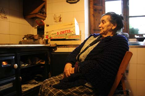 Valisneria Vidal Gómez , vecina de Arufe. | Rosa González