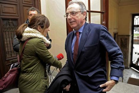 El ex presidente de Navarra, Miguel Sanz, durante el último Congreso de UPN. EFE/Villar López