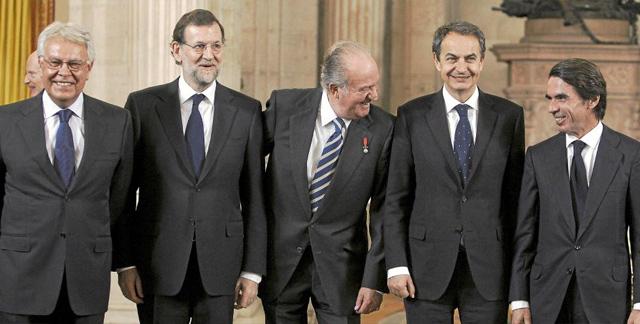 Un 95% de los españoles responsabiliza de la crisis a los políticos.   Efe