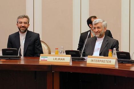 Los representantes iraníes en el encuentro con el Grupo 5+1 en Almaty. | Afp