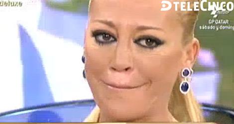Belén Esteban llorando durante el 'Sálvame Deluxe'. | Telecinco