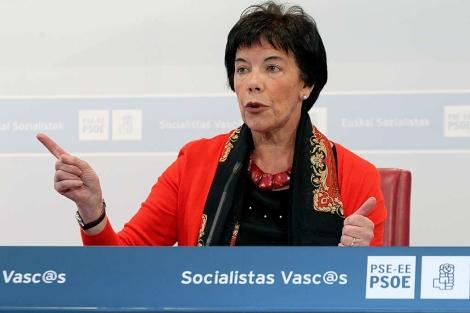 La responsable de educación de los socialistas durante la rueda de prensa de esta mañana. | Efe