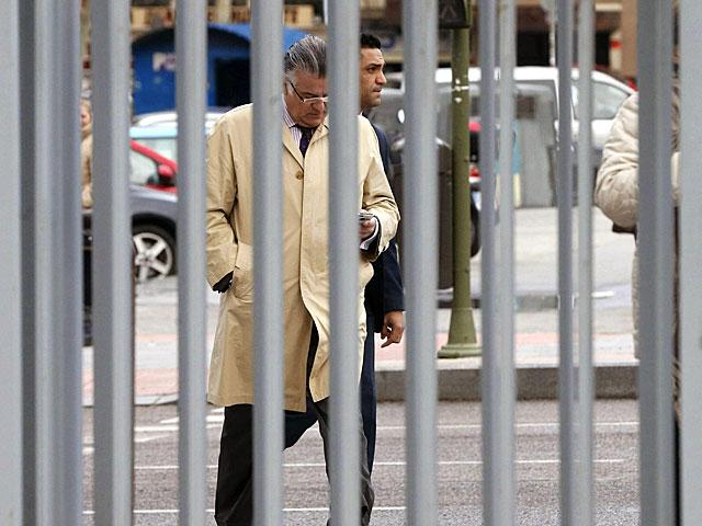 El ex tesorero del PP antes de declarar por el supuesto delito de injurias contra la ex ministra Ana Palacio. Juan Carlos Hidalgo/ Efe