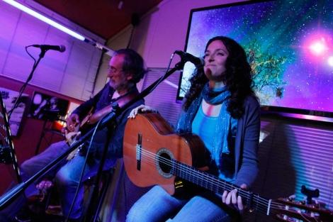 Mariona Forteza y Carlos Garrido en el escenario. | Foto: Jordi Avellà