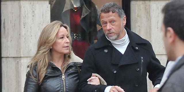 Trinidad Jiménez y su novio, en 2011 por las calles de Madrid. | Gtres