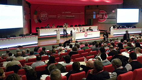 Comisión de trabajo que debate las enmiendas del Programa de Acción.   UGT