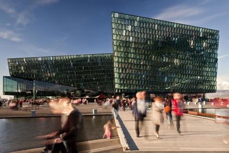 Centro de congresos Harpa de Reykjavick.