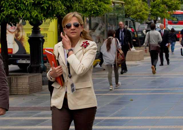 La Infanta Cristina en una imagen reciente por las calles de Barcelona.