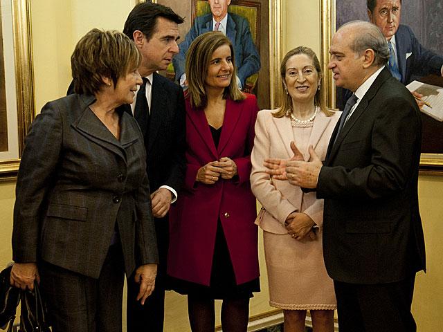 Villalobos y Fernández, a ambos extremos del grupo, en una imagen de 2011. | Bernardo Díaz