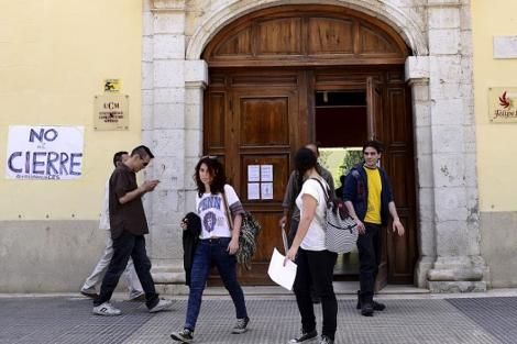 Imagen de la entrada al campus de Pavía de Aranjuez. | B. Díaz
