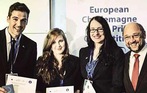 Los ganadores del premio Carlomagno en su edición juvenil. | Facebook