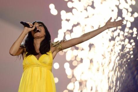 Raquel del Rosario, durante su actuación anoche en Malmö. | AFP