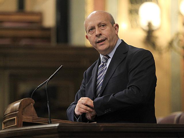 El ministro de Educación, José Ignacio Wert, durante el Pleno del Congreso el pasado 9 de Mayo. | Zipi / Efe