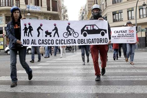 Protesta en el centro de Valencia. | Efe