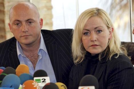 La madre de Amy Fitzpatrick y su novio, en 2008 . | ELMUNDO.es