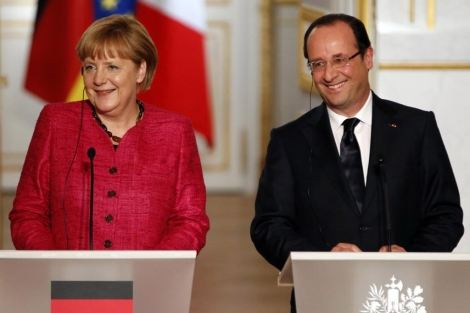 La canciller alemana, Angela Merkel, con el presidente francés, François Hollande.   Reuters