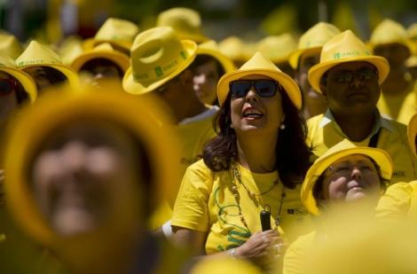 Las calles se tiñen de amarillo por la discapacidad | Madrid | elmundo.es