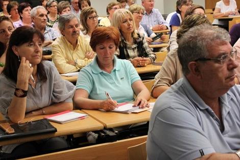 Estudiantes de la Universidad para Mayores.   ELMUNDO.es