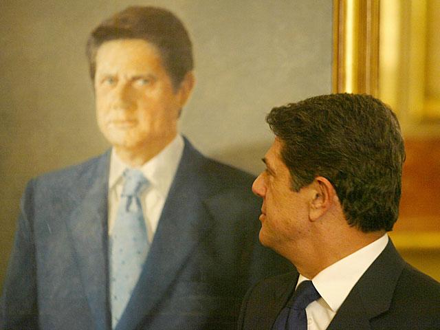 El Congreso se niega a recortar en retratos oficiales o a sustituirlos por fotos | España | elmundo.es