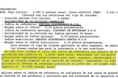 Cláusula suelo marcada en amarillo en una escritura hipotecaria real. | ELMUNDO.es