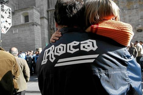 Trabajadores de Roca en una protesta en Sevilla. | Esther Lobato