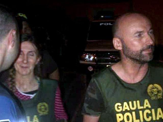 Ángel Sánchez Hernández y María Concepción Marlaska Sedán tras su liberación.   Efe