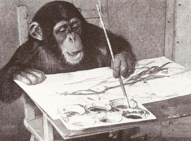 El chimpancé pintor abstracto 'Congo', con las manos en la masa. | E.M.