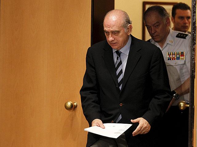 El ministro del Interior, Jorge Fernández Díaz, antes de comparecer ante la prensa. | Sergio González