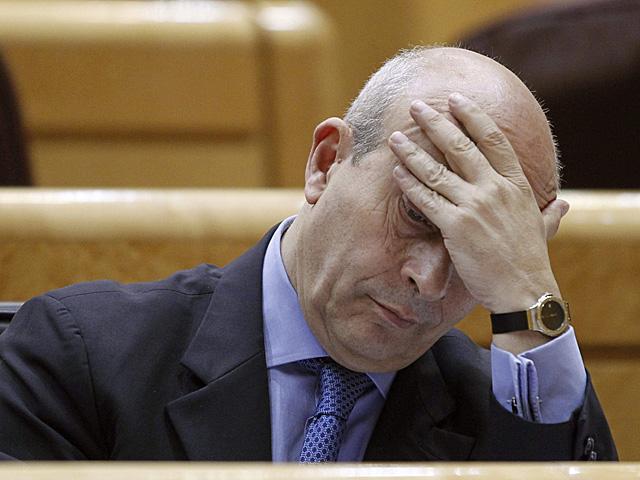 El ministro de Educación, José Ignacio Wert, en el Senado. | Zipi / Efe