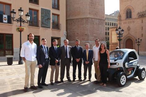 Los responsables de la iniciativa, este martes en Castellón. | ELMUNDO.es