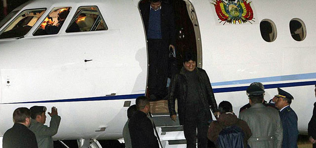 Evo Morales a su llegada a La Paz, Bolivia.   Efe