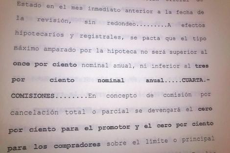 Cláusula suelo de la hipoteca de Carlos, firmada en Caja Castilla-La Mancha. | ELMUNDO.es