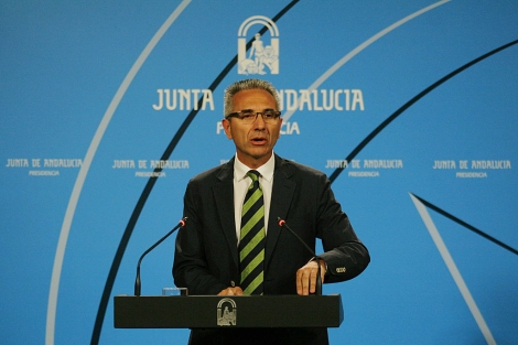 El portavoz del Gobierno, Miguel Ángel Vázquez, en rueda de prensa. | Jesús Morón