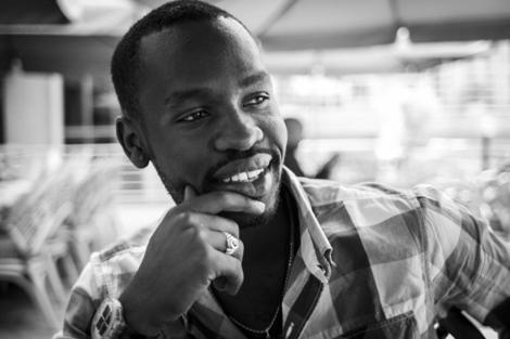 El joven tutsi Aimé quiere abrir su propio restaurante en Ruanda. | A.R y R.V