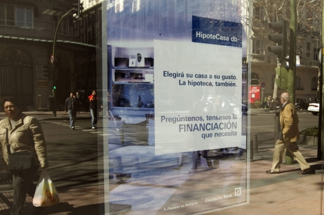 Imagen de archivo de una campaña de hipotecas de un banco. | Begoña Rivas