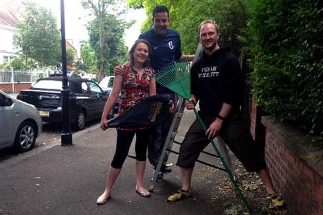 Tess Riley, John Limpus y Toby Richardson, usuarios de Streetbank |