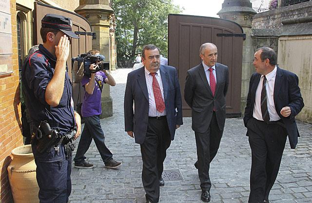 El portavoz del Gobierno, Josu Erkoreka, a su llegada al Palacio Miramar de San Sebastián.