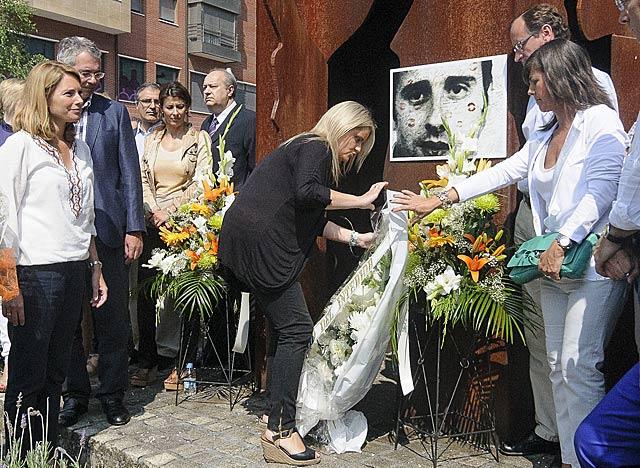 Acto de homenaje a Miguel Ángel Blanco, Mari Mar Blanco junto a otros dirigentes del PP.