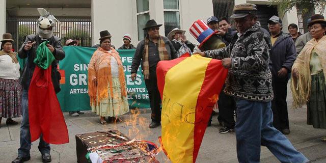 Protestas en Bolivia días después del conflicto diplomático con España. | Efe